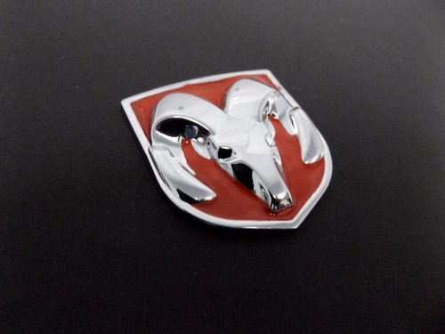 emblema dodge rojo 4.5cm x 4cm srt neon caliber ram spirit