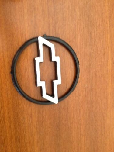 emblema gm do valante gm chevrolet