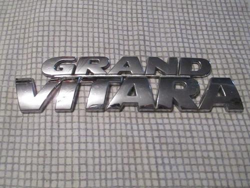 emblema grand vitara 100% original usado