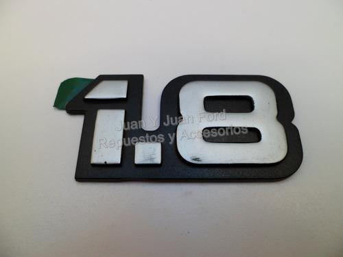 emblema insignia 1.8 de ford escort nueva original