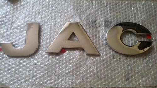 emblema letras jac