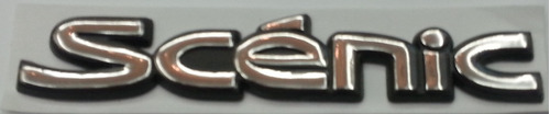 emblema scénic cromado fundo preto renault lateral