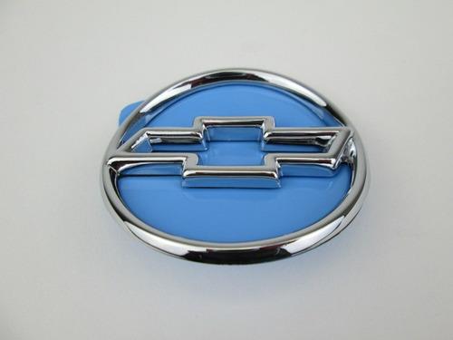 emblema simbolo pequeno redondo cromado e vazado