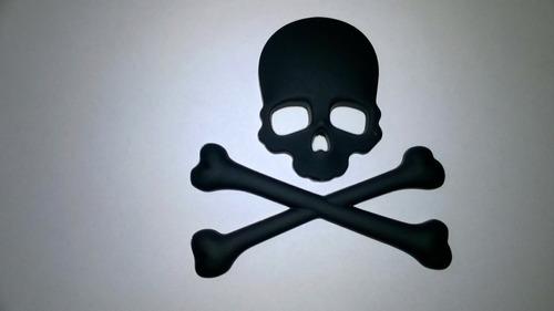 emblema skull em metal.