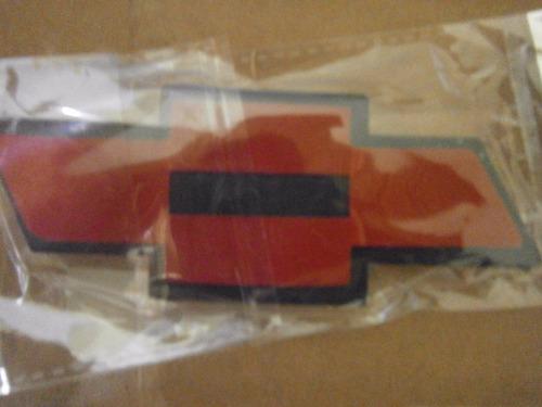 emblema tapa maleta chevrolet aveo sedan 2007 2008 2009 2010