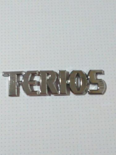 emblema terios 15x4