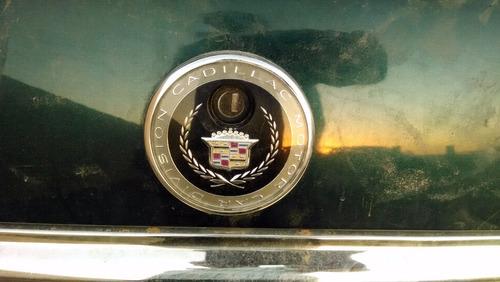 emblema trasero para  cadillac deville