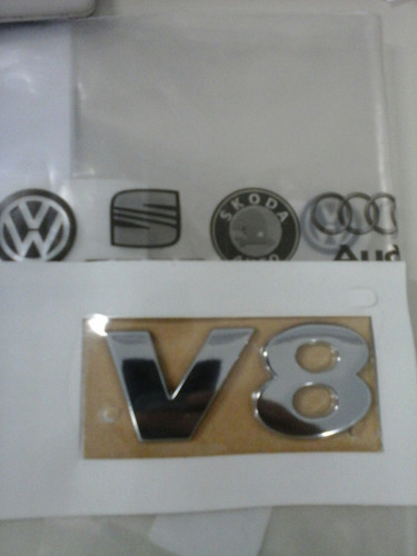 emblema v8 da touareg