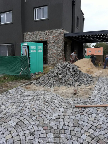 emiliaso piedras 1128507421