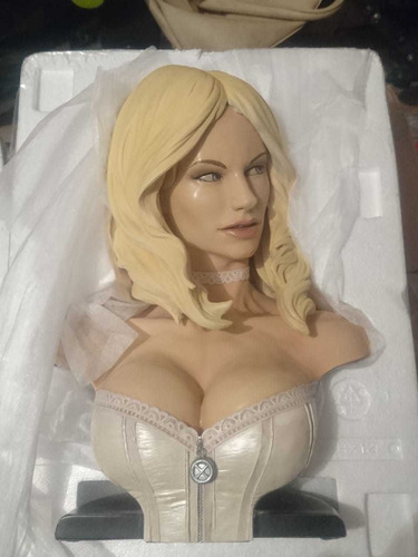 emma frost busto sideshow