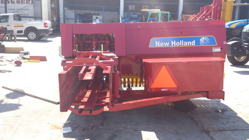 empacadora rectangular forraje new holland 5060, de hilo