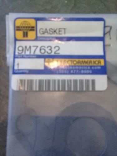 empacadura 9m7632. base filtro. motor d339 o 955h
