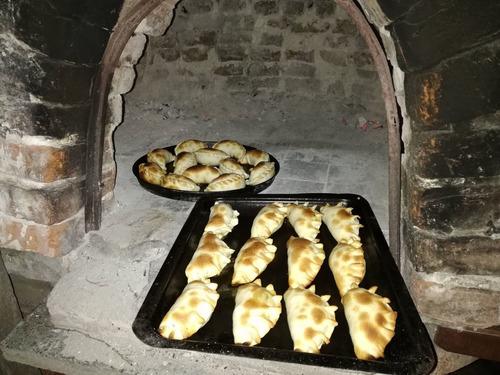 empanadas salteñas y de pollo y más.entregas a domicilio
