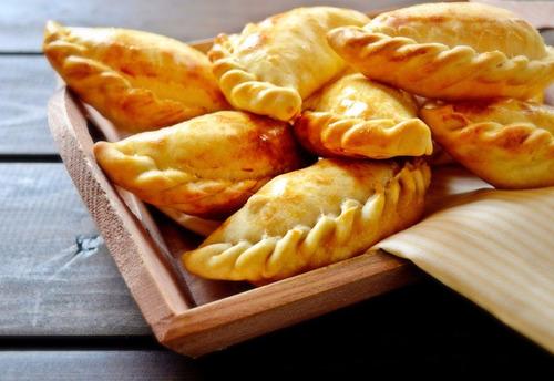 empanadas tucumanas congeladas - una docena - relleno casero