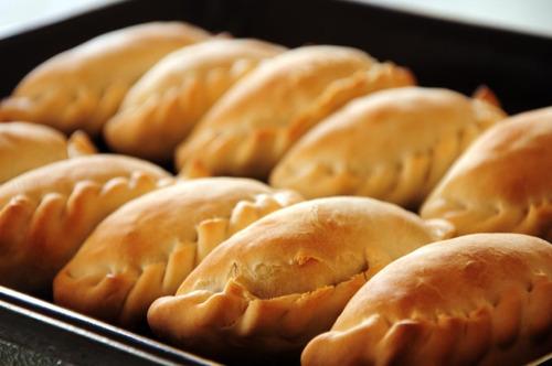 empanadas/carne promo octubre 100 unidades
