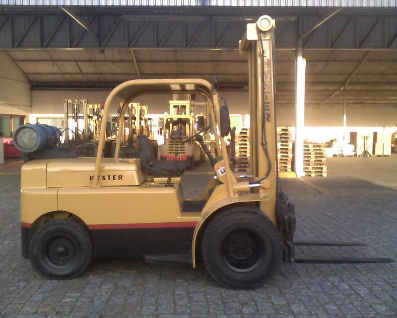 empilhadeiras hyster h80j 4 tons, rod. dupla, deslocador lat