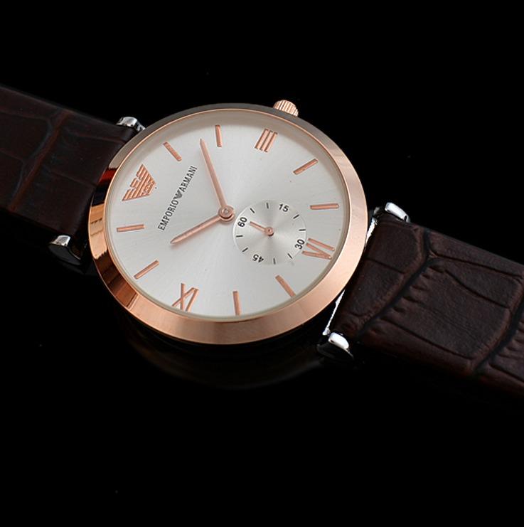f7820fa4740 Relógio Emporio Armani Pulseira De Couro Genuíno - R  799