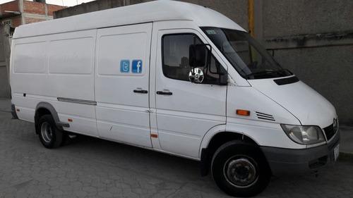 empresa dedicada a la transportación.