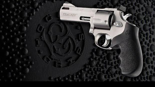 Empunhadura Hogue 7300 Revolver Taurus Tracker Rt 627 / 970