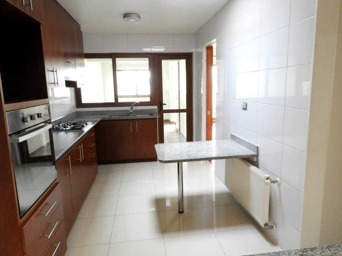 en condominio-linda casa en sector san carlos de apoquindo