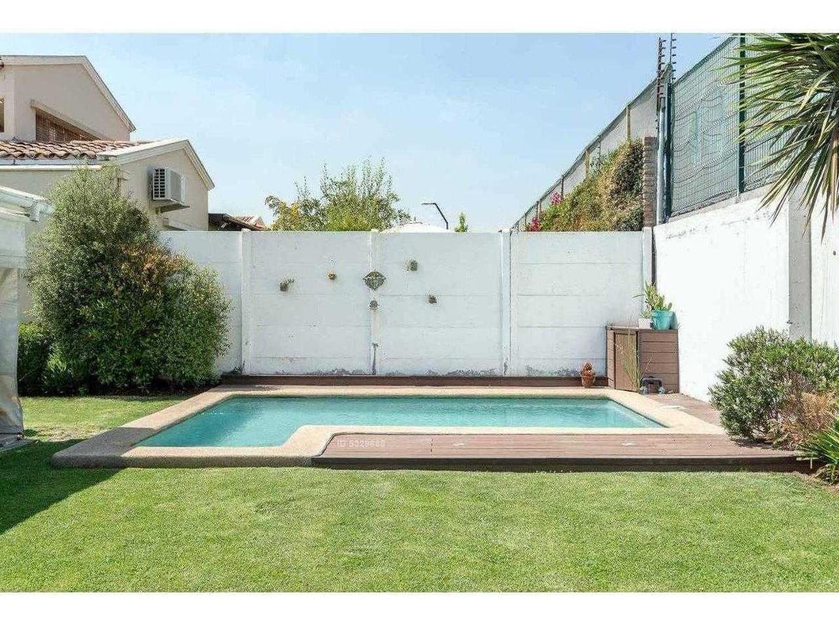 en condominio, piscina (casa valenzuela puelma - interno: 190284)