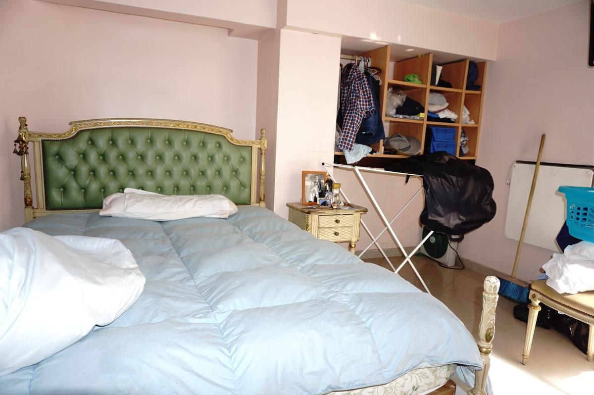 en lavalle y madero excelente casa, 6 ambientes. excte. zona