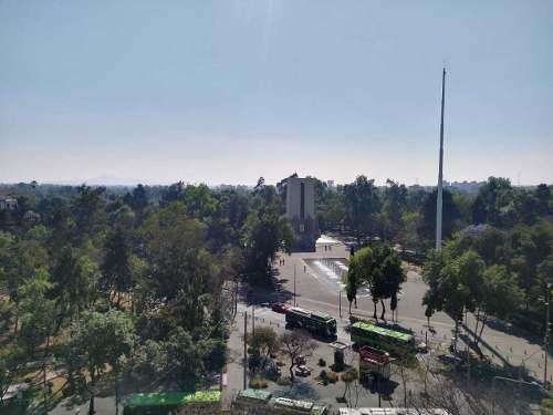 en noveno piso con vista panorámica a parque de la bombilla