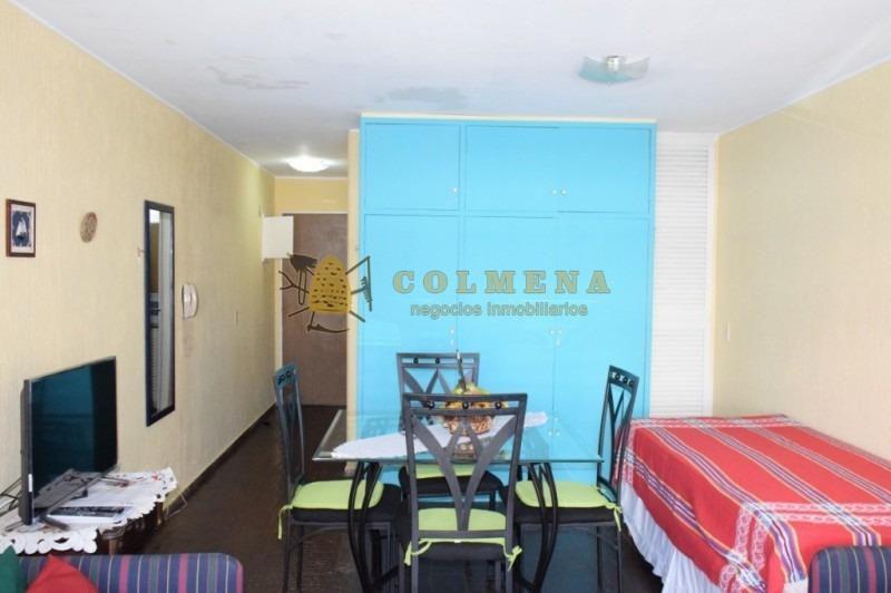 en peninsula a 100 m del mar - monoambiente con cocina definida, baño y estacionamiento -consulte !!!!!!-ref:1721