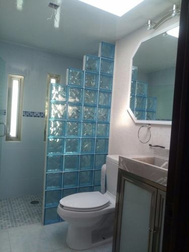 en punta esmeralda, 3 recámaras, 2.5 baños, jardín, privada