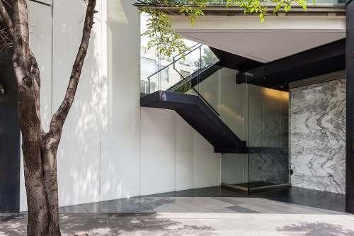 en renta magnifica oficina en la colonia bosque de chapultepec
