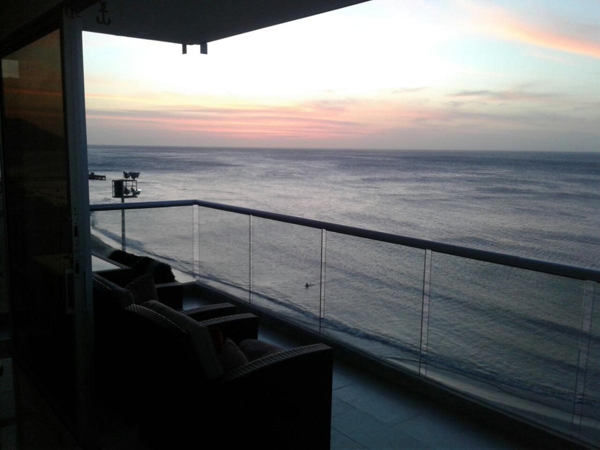 en santa marta venta de apartamento frente al mar.