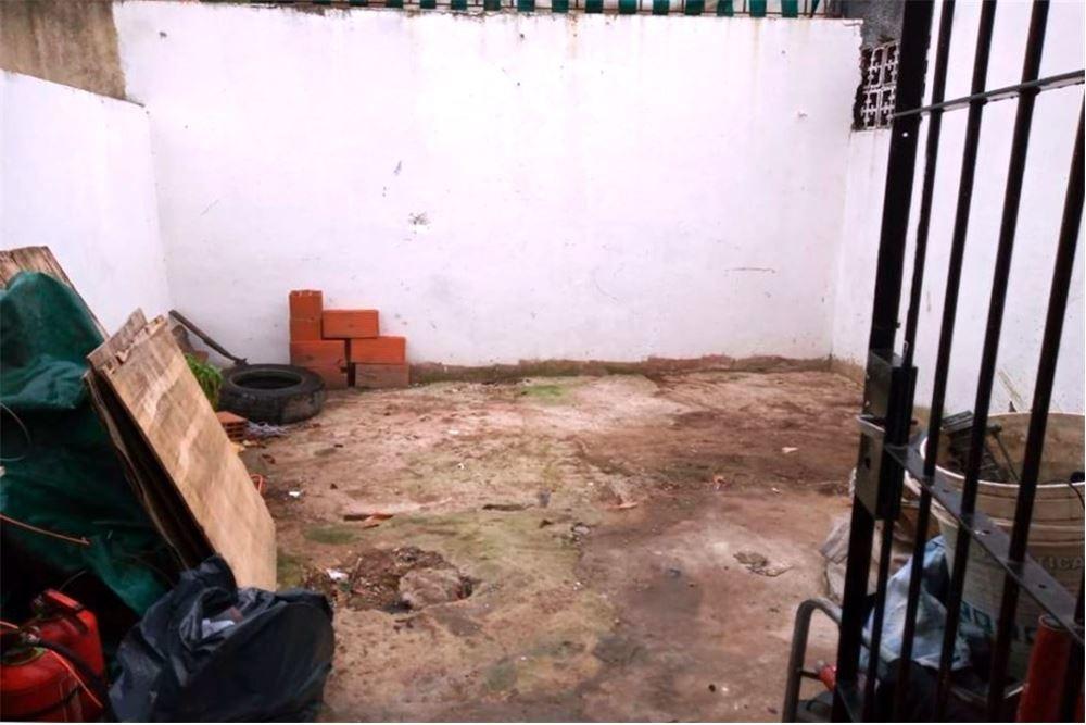 en venta 2 ambientes con patio en ramos mejia