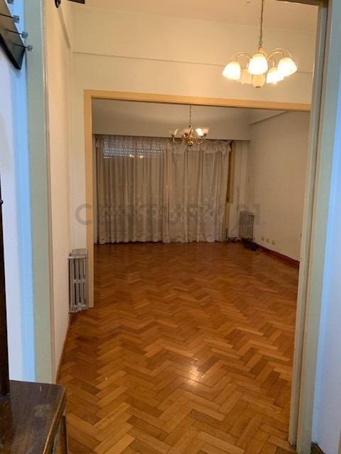 en venta 3 ambientes al frente, amplio, gran cocina, luminoso