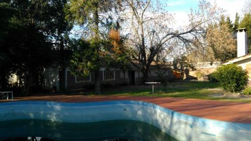 en venta amplia casa en laguna de lobos