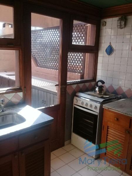 en venta apartamento en peninsula con parrillero propio y piscina.-ref:1067