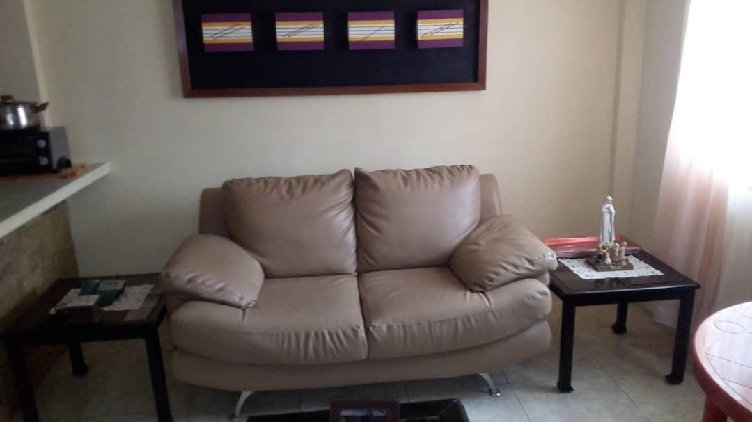 en venta apartamento independencia rah: 20-934