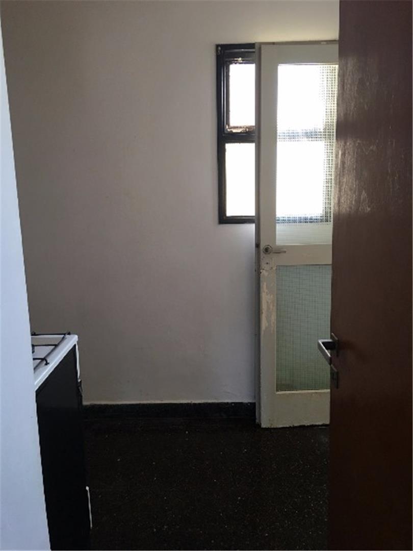 en venta apto banco 2° piso por escalera