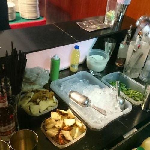 en venta barra móvil desarmable coctelería eventos bartender