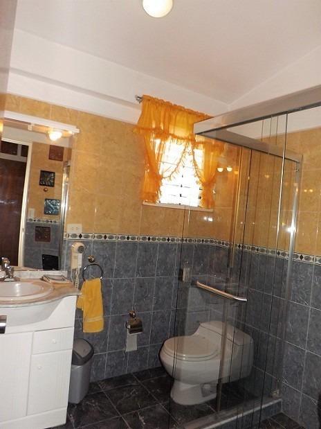en venta bella casa en la cooperativa guaicaipuro