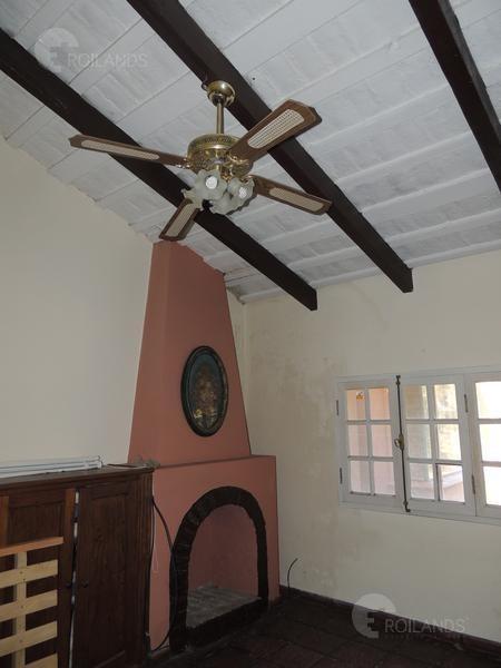 en venta casa 4 ambientes en club de campo el moro