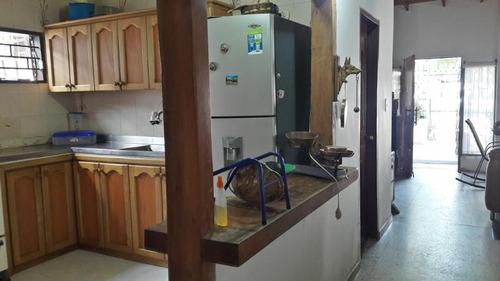 en venta casa amplia barrio sanpedro alejandrino santa marta