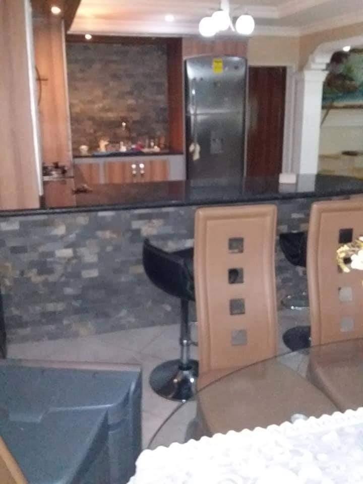 en venta casa de 2 niveles