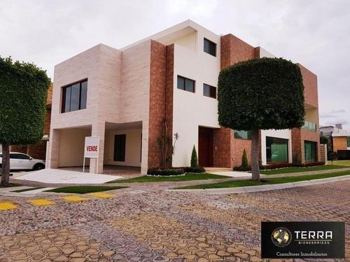 en venta casa de 5 recamaras en lomas de angelopolis tlaxcalancingo puebla
