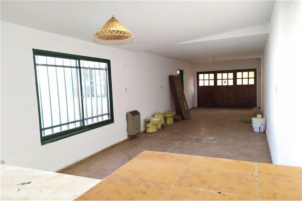 en venta casa los boulevares 3 dormitorios patio
