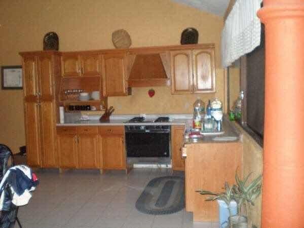 en venta casa sola con alberca en cuernavaca