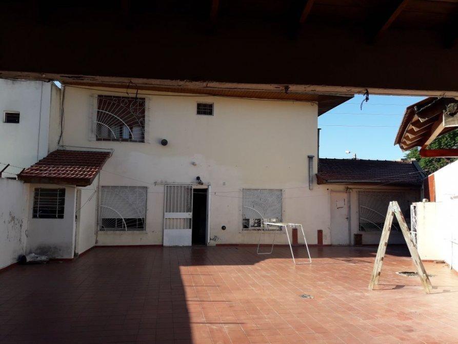 en venta casa/chalet de 4 ambientes lanus este (117)