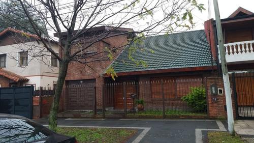 en venta en ciudad jardin hermoso chalet en dos plantas de 4 ambientes 2 baños. visitar con personal de la firma f: 7716