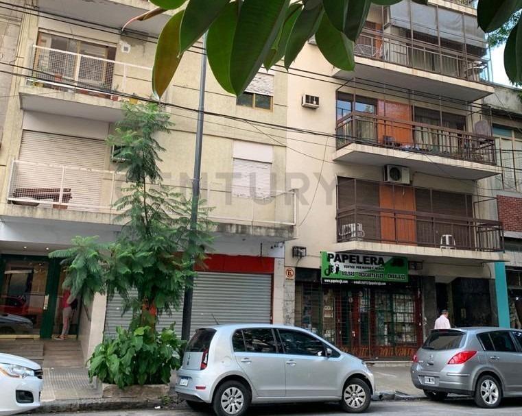 en venta gran local con vivienda 2amb villa crespo  apto vs destinos