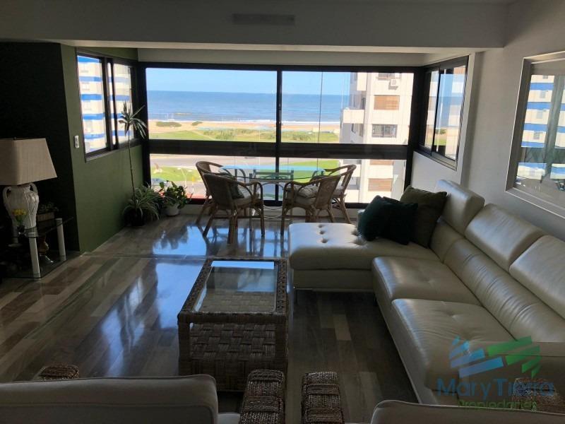 en venta.. gran oportunidad!!! piso intermedio con vista al mar.-ref:2283