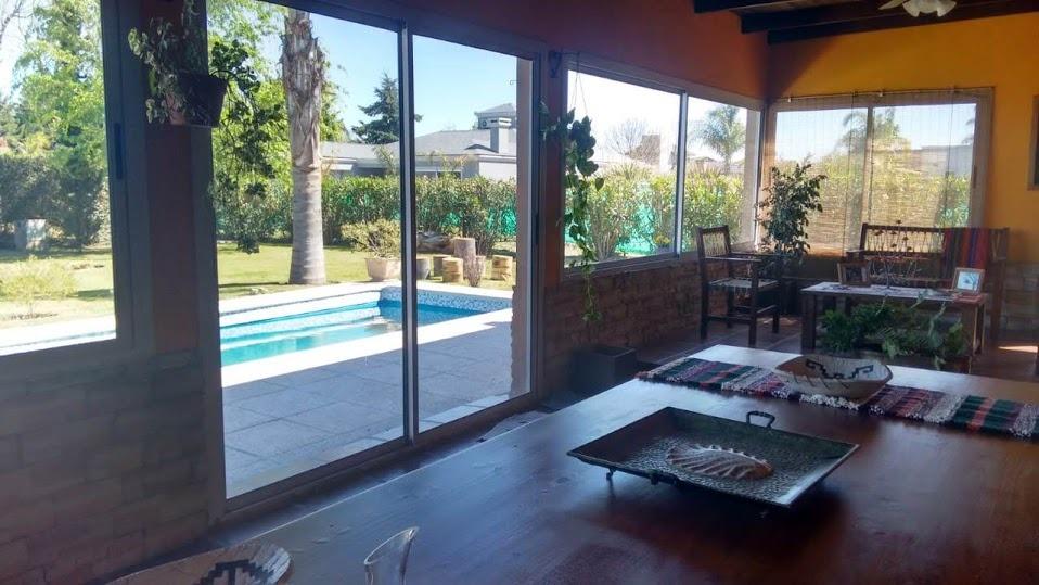 en venta hermosa casa en country san isidro, villa allende!